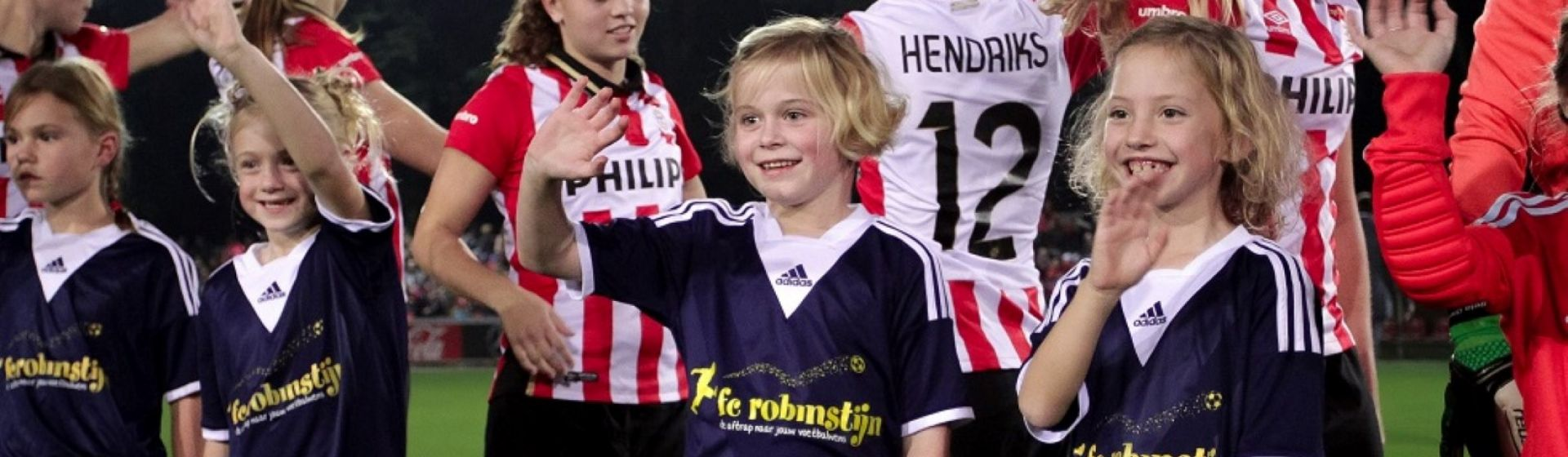 Line-up mascot before the game between PSV women and AJAX women for the Women's Eredivisie (Dutch primary competition). Event date: Friday Oktober 09th 2015, game started at 19.30h. Event location is sportcomplex De Herdgang in Eindhoven on the youth side of the sportcomplex (Photo by Fototb.nl / Thomas Bakker)
