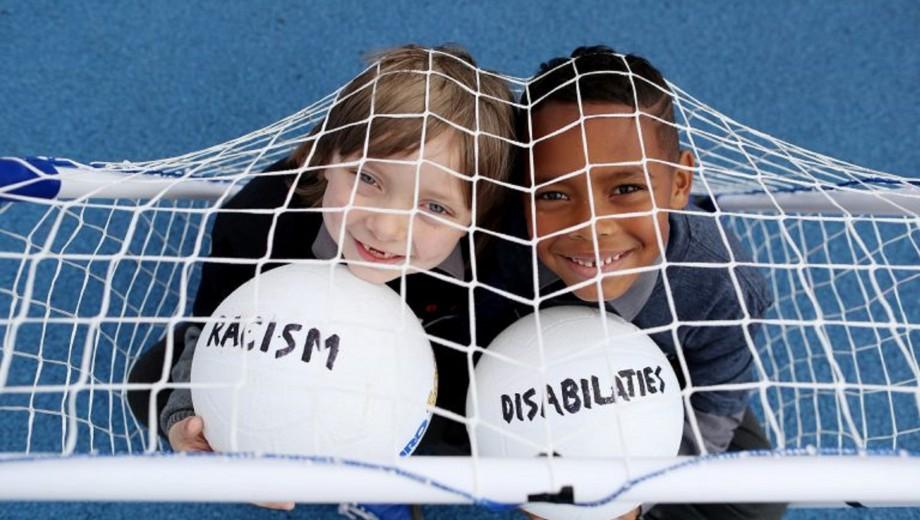 2016-AW-Ireland-EG310-Sport-Against-Racism-Ireland-SARI-5-©Maxwellphotography.ie_-768x512