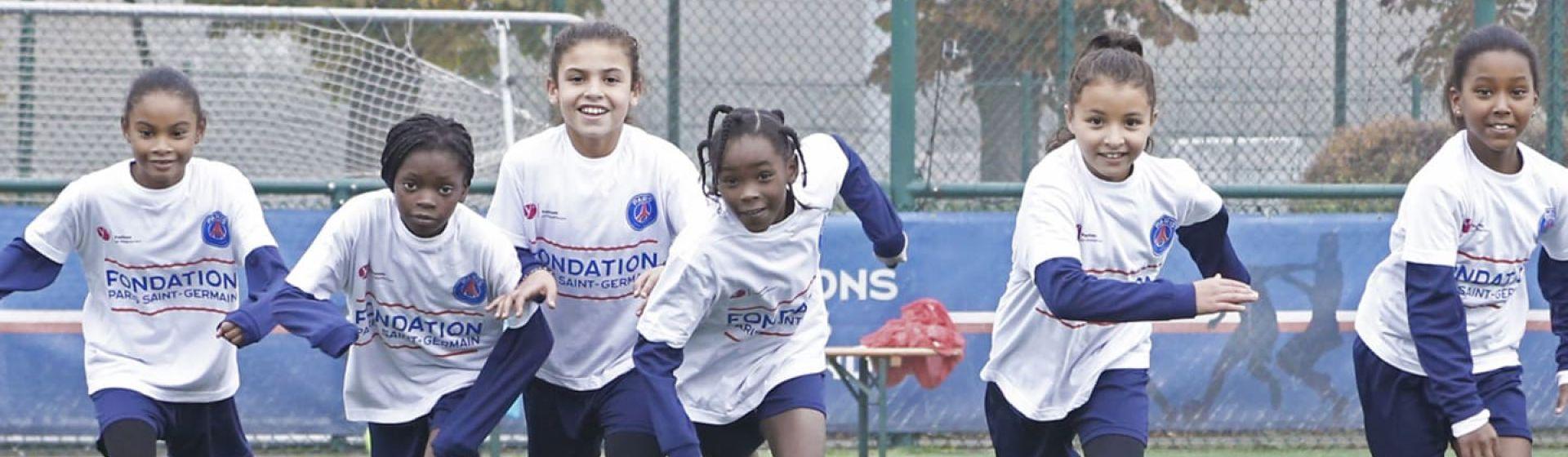 EFDN celebrating women's football header